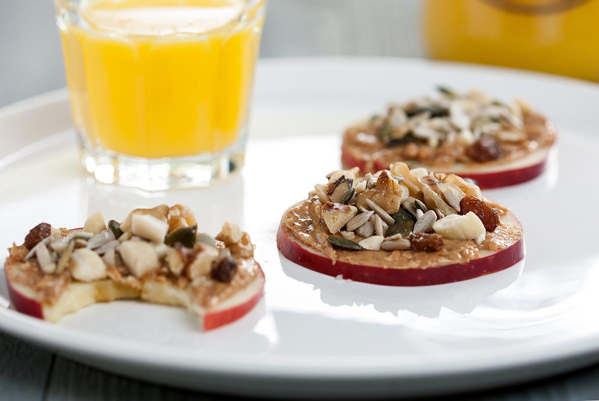 Low-Carb-Apfelkekse-mit-Mandelmus Low Carb-Diät für Anfänger: Regeln, Rezepte & Informationen